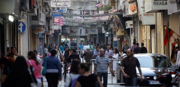 """لبنان.. تحذير من عصيان مدني في مناطق """"اللاجئين"""""""